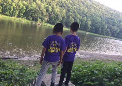 Chaverim Boyz boys looking at lake